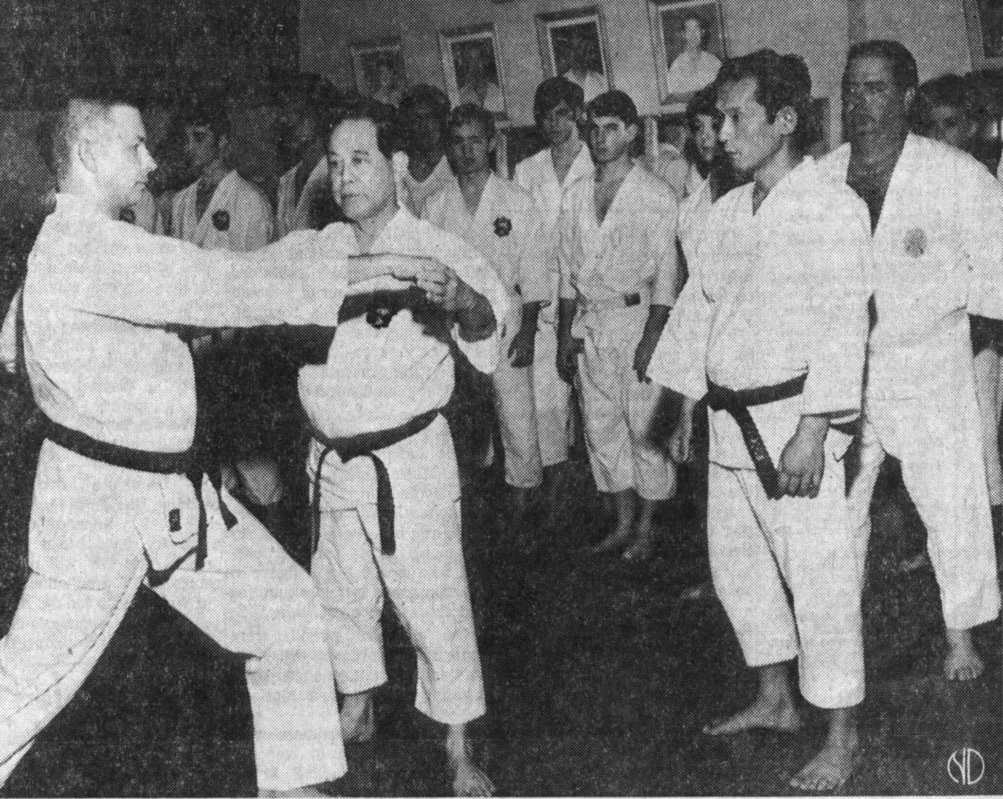 Grand Master Nagamine in a demo during a USA tour